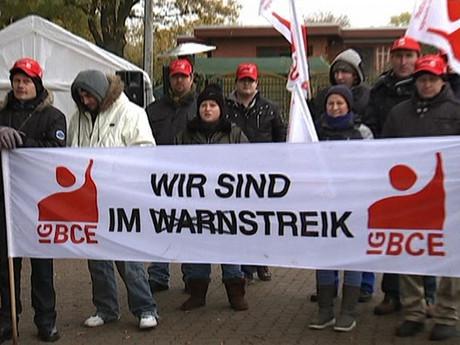 Solidarität mit dem Neupack-Streik!