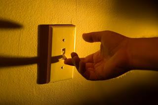 Strompreise in Berlin: Der Letzte macht das Licht aus?