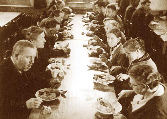 Wenn's keine Suppe mehr gibt, werden die Reichen gegessen!
