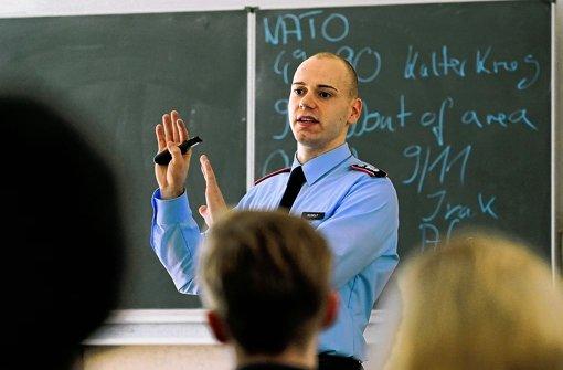Bundeswehr – Raus aus den Schulen