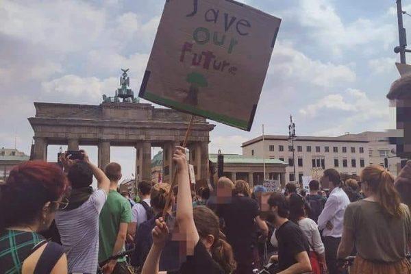 #FridaysForFuture – Vom Schulstreik zum Generalstreik!
