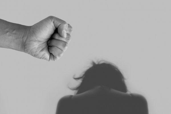 Corona-Gefahr und Zunahme häuslicher Gewalt – wie bekämpfen wir sie?
