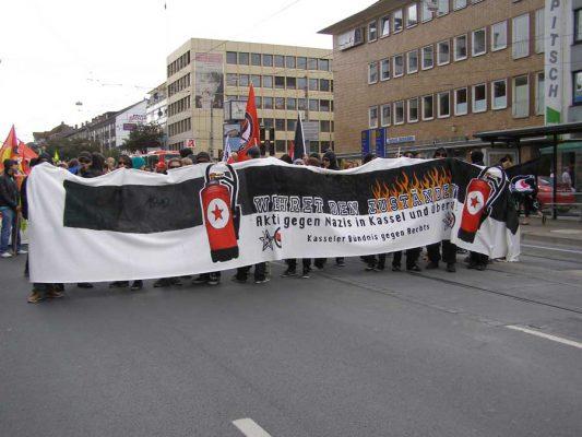 1´500 Teilnehmer bei Antifa-Demo in Kassel – Nazis aufgemischt!