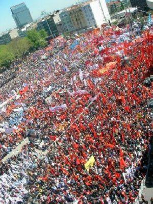 Erster Mai 2012 – Generalstreik Europaweit, Revolution International!
