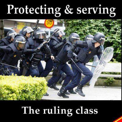 Anquatschversuch des Verfassungsschutz: Mit Geheimdiensten redet man nicht, man zerschlägt sie.