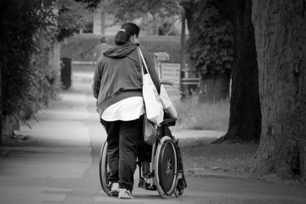 Was bedeutet die Corona-Krise für Menschen mit Behinderung*?