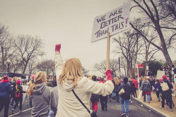 Warum wir jetzt anfangen müssen, eine globale Antikrisenbewegung aufzubauen