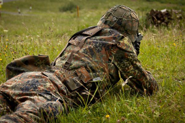 Was wirklich zählt, aber auf Bundeswehrplakaten nicht steht